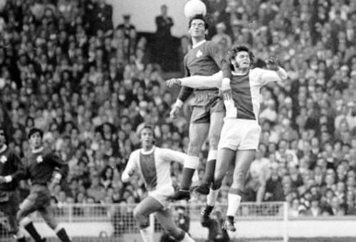 2 Ιουνίου 1971, από τον τελικό του κυπέλλου Πρωταθλητριών ενάντια στον Άγιαξ του Γιόχαν Κρόιφ